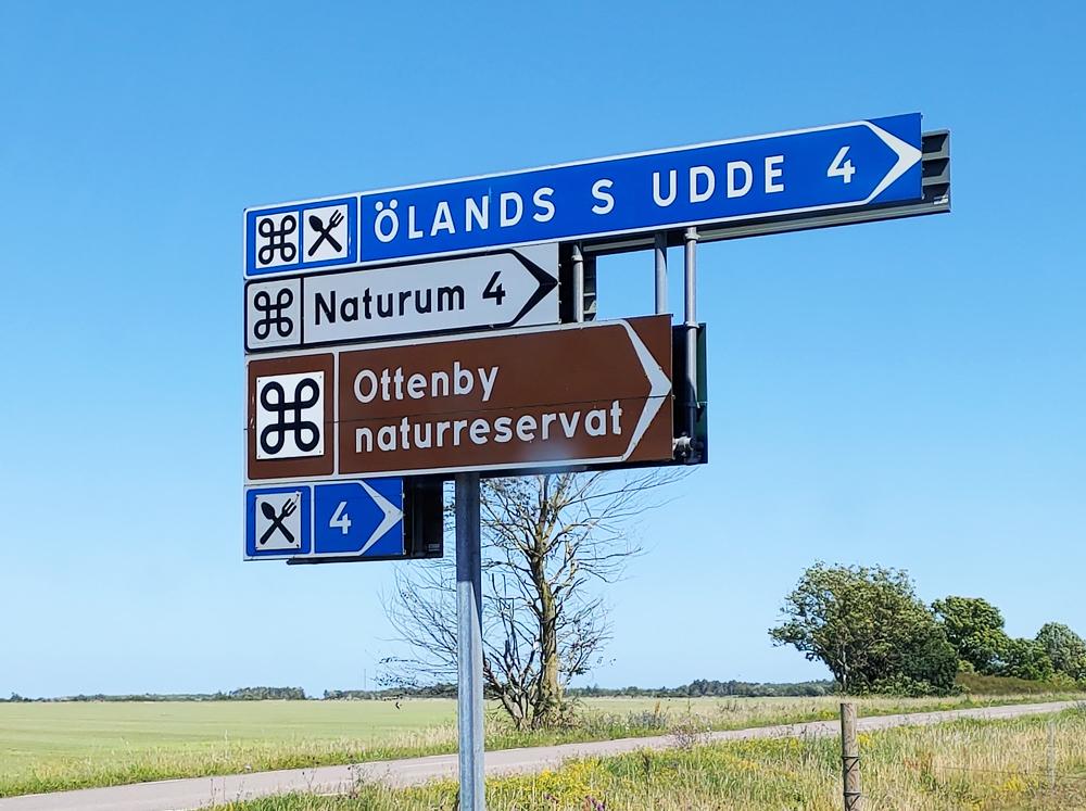 Foto av vägskylt mot Ölands södra udde